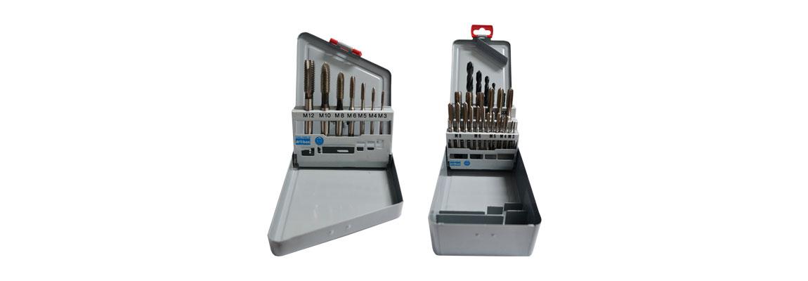 Bohrer und Gewindebohrer als Metall-Werkzeugkastensatz mit Index – Metrisches Regelgewinde – HSS